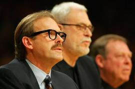 Kurt_rambis_looks_on